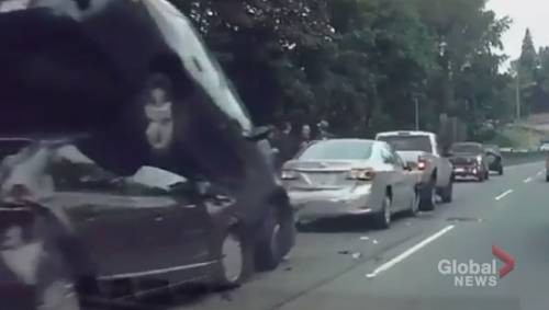 5 car pile-up in North Vancouver