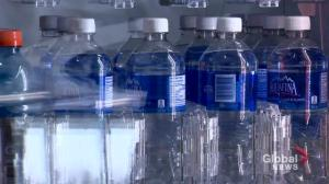 Saskatoon councillors seek water standards amid plastic bottle debate