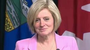 New twist in 'pipe-wine' battle sees Alberta lifting sanctions against B.C.