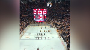 'O Canada' sung before Nashville Predators game in tribute to Humboldt Broncos