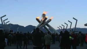 Vancouver cauldron lights Up Olympic Spirit