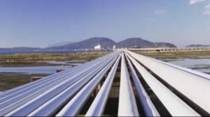 Kinder Morgan threatens to cancel pipeline expansion (01:39)