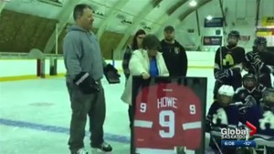 Stolen Gordie Howe jersey devastated an Asquith rink fundraiser but has turned into an outpouring of generosity