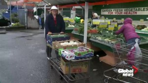 Longtime customers say goodbye to Surrey's Two EE's Farm Market
