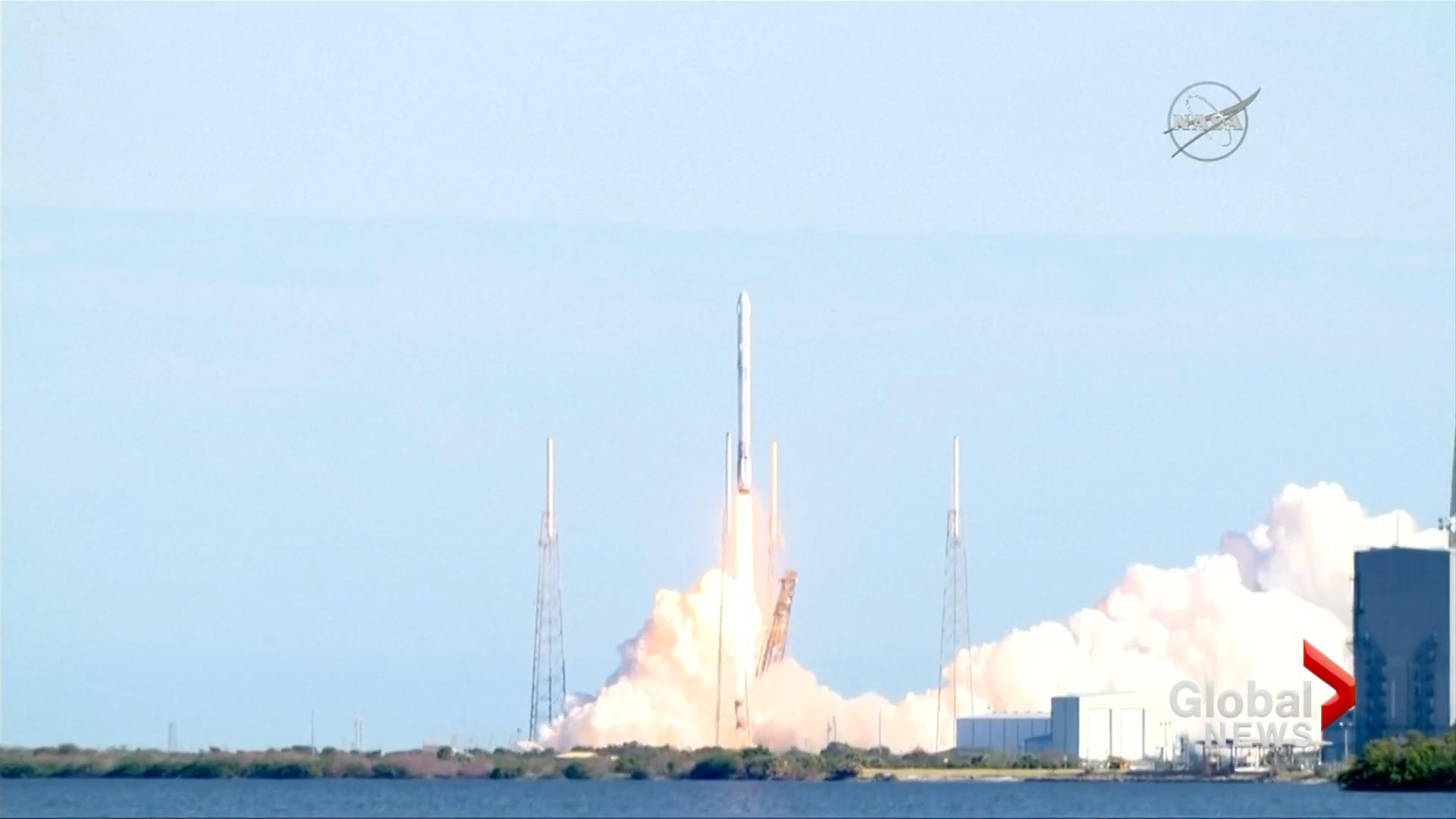 SpaceX outdid themselves with a picture-perfect rocket landing