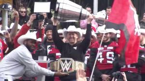 Stampeders head coach pokes fun at himself during Grey Cup celebration