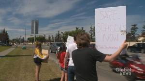 Calgary families concerned about 'a lot of problems' with safety on school buses