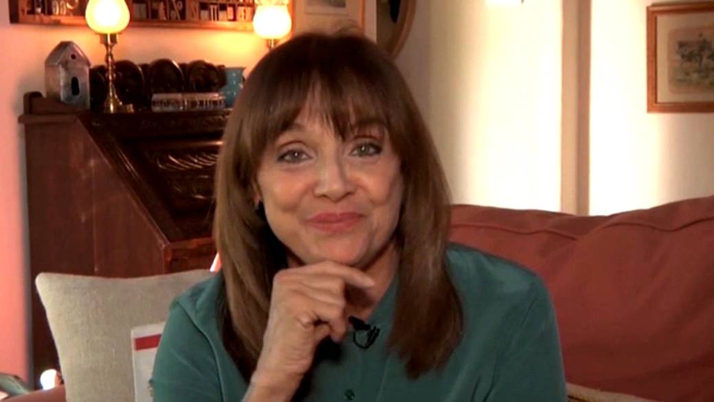 Click to play video 'Actor Valerie Harper dead at 80'
