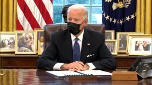 Biden reverses Trump's transgender military ban (01:29)