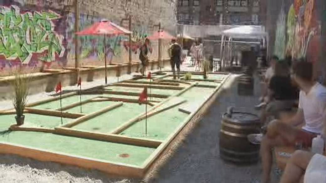 Click to play video: 'Vancouver bar builds mini golf green in Chinatown'