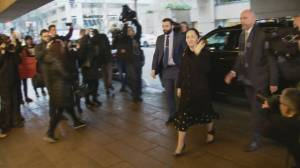 Meng Wanzhou arrives at court for extradition hearing in Vancouver (01:18)