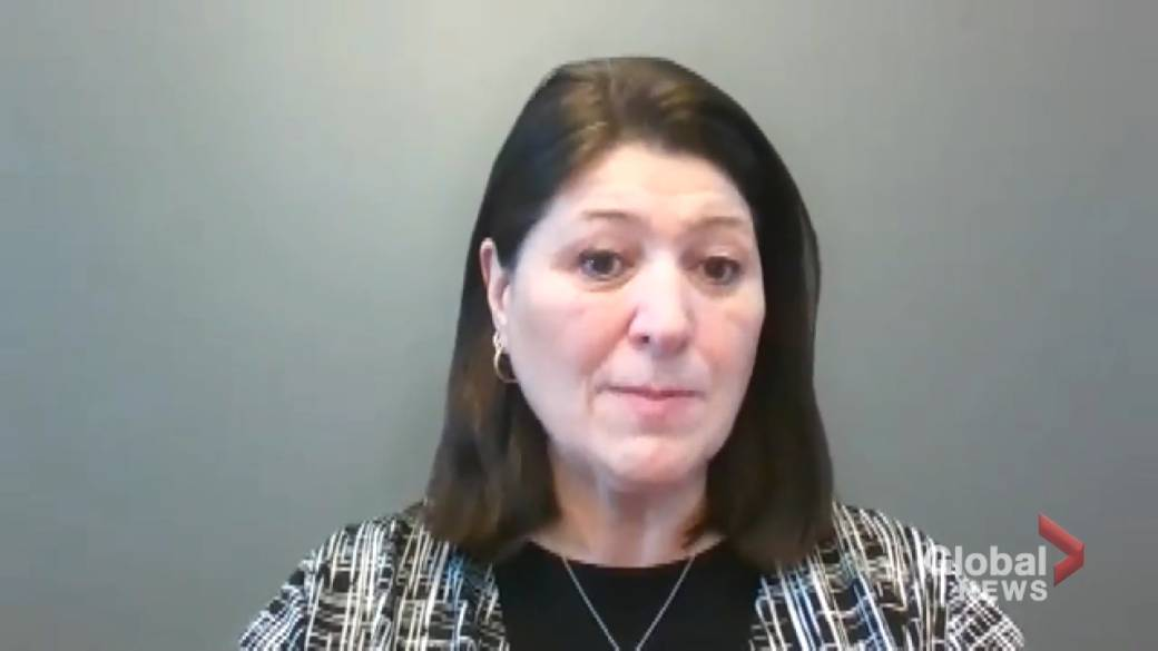 Click to play video: 'NB Nurses Union president says system is 'crumbling' amid nursing staff shortages'
