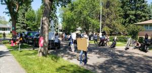Concerns raised about ongoing protests in Edmonton neighbourhood