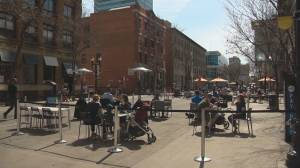 Edmontonians cautiously soak up the sun at local hot spots amid COVID-19 pandemic (01:53)