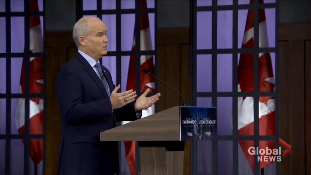 Click to play video: 'Alberta reacts to new climate change policy unveiled by federal Conservatives'