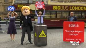 Pro and anti-Brexit protests take place amid talk of an early election