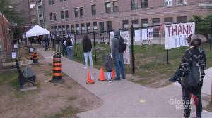 Coronavirus: Higher demand for testing leads to longer lines in Ontario (02:19)
