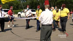 95-year-old Frank Atchison wraps 260 km fundraising walk for sick kids in Regina (01:37)