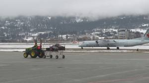 Fog causes delays at Kelowna airport