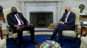 Biden, Kenyan president pledge unity on COVID-19 pandemic, security and climate change (02:34)