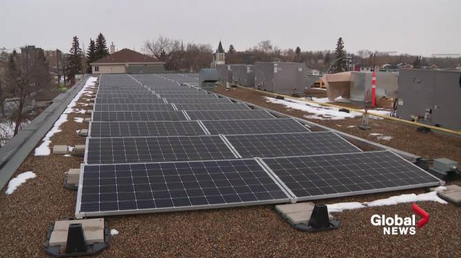 Click to play video: City of Edmonton to consider new energy transition strategy