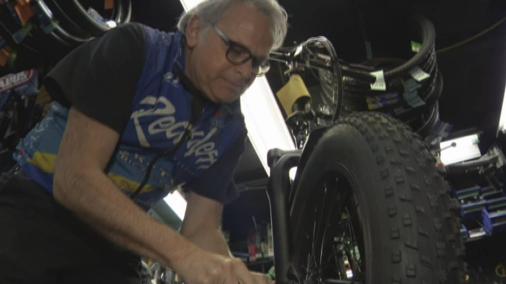 Click to play video: 'Vicious cycle leads to bike and bike part shortages'