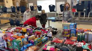 Fort Saskatchewan students collect socks and snacks for vulnerable community members (01:27)