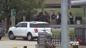 Officer dead after stabbing outside Pentagon, suspect killed: officials (02:29)