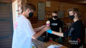 Martensville's hottest, new business serving up cool tasty treats throughout the summer (01:40)