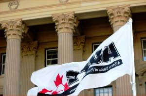 AUPE, province reach mediated settlement for Alberta public service employees (01:47)