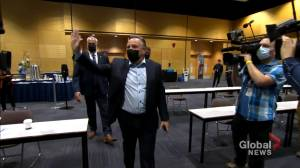 CAQ holds first in-person caucus since pandemic (01:50)