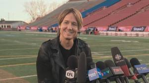 RAW: Keith Urban talks to reporters ahead of Calgary Grey Cup performance