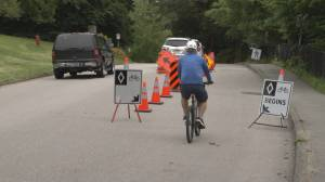 Cyclists and cars now must share road in Stanley Park (01:47)