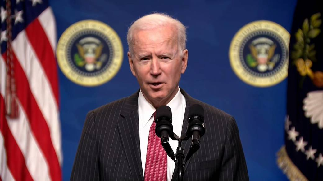 Click to play video 'Myanmar coup: Biden issues sanctions against Myanmar's military'