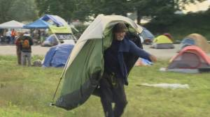 Vancouver police move in to enforce CRAB Park tent city injunction