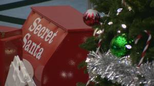 Saskatoon Christmas charities, toy drives struggle during COVID-19 pandemic (01:52)
