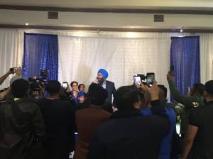 Federal election 2019: Conservative Tim Uppal beats Liberal Amarjeet Sohi in Edmonton Mill Woods