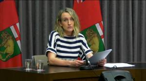 COVID-19: Pfizer, Moderna shots coming to Manitoba doctors offices, pharmacies (01:02)