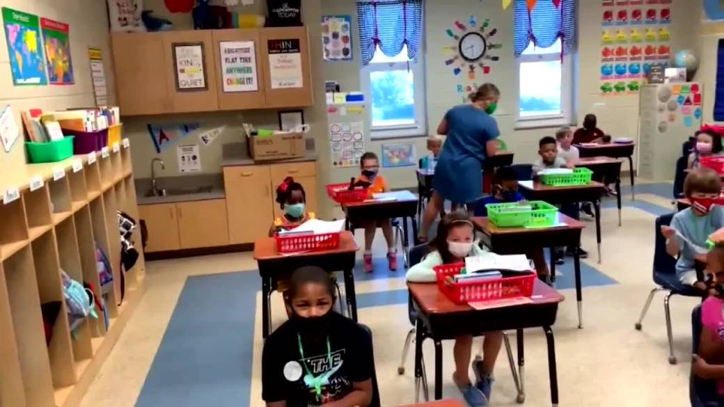 Click to play video: 'Manitoba's back-to-school plan'