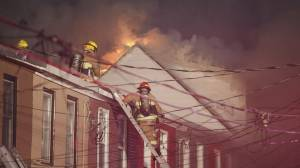 Multiple people hospitalized, 4 others unaccounted for in Oshawa house fire (02:26)