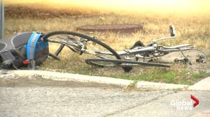 Ottawa police investigating downtown crash involving cyclist, vehicle