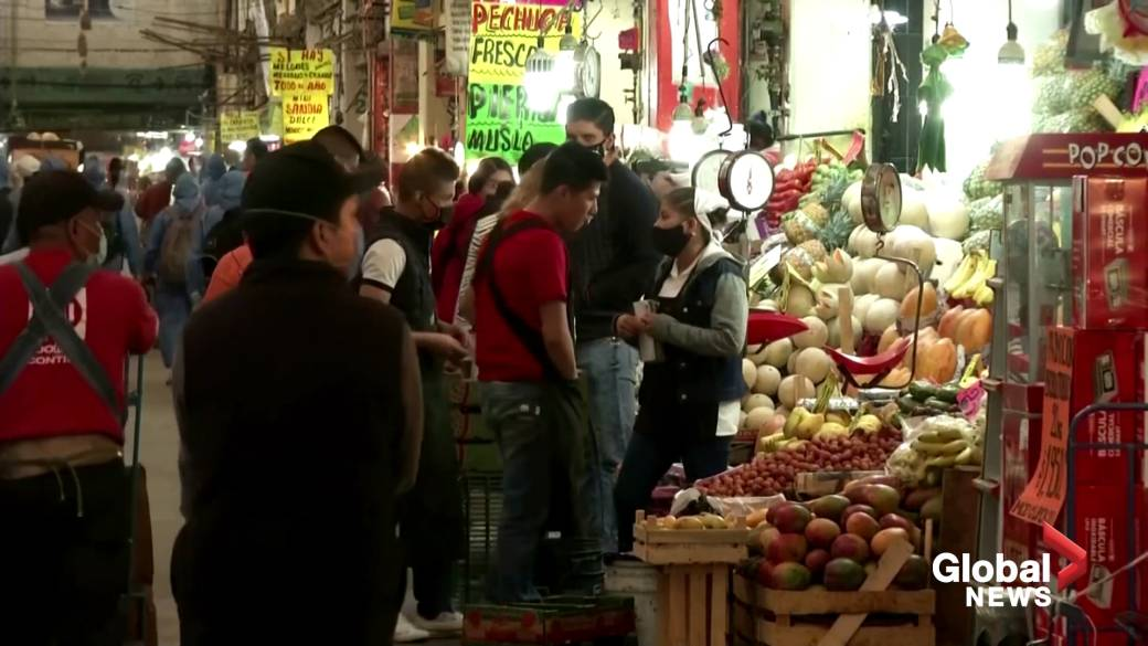 Click to play video 'Coronavirus outbreak: Mexico's massive market stirs coronavirus worries'
