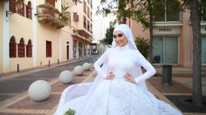 Beirut explosion: Bride's photoshoot interrupted by massive blast