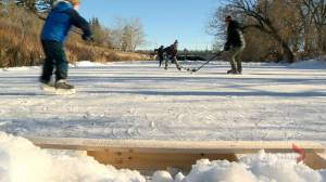 Outdoor rink, complete with leisurely skating trail, pops up on Wascana Creek (01:35)