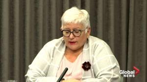 Coronavirus: Winnipeg Regional Health Authority president apologizes, offers condolences over care home deaths (01:17)