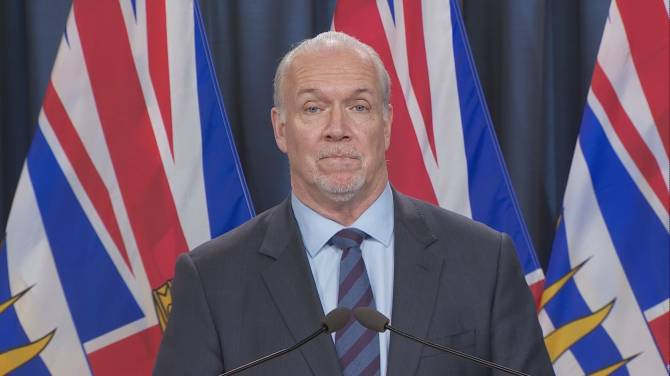 Click to play video: Logistics of how B.C. plans to enforce new COVID-19 travel restrictions in the province
