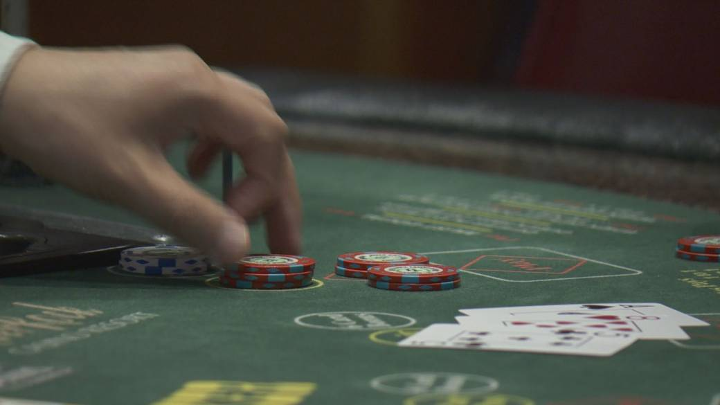 Click to play video 'Former head of B.C. gambling regulator testifies at Cullen Commission'