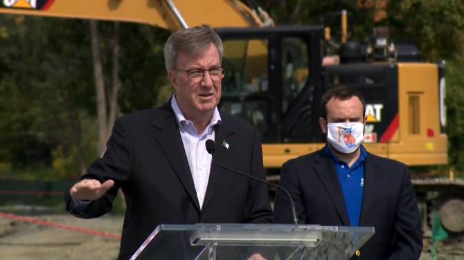 Click to play video: No sinkholes expected on second stage LRT tunnel, Ottawa mayor says