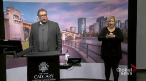 Nenshi wants citizens to get outdoors, but not all in the same place (01:07)
