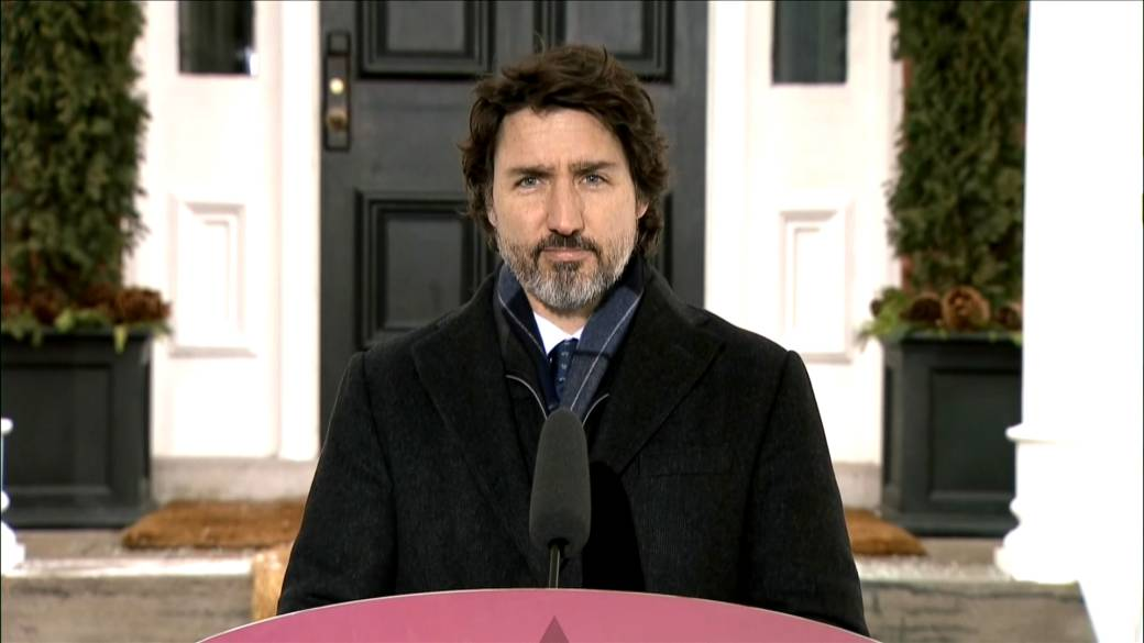 Click to play video 'Trudeau says Canada's COVID-19 vaccines safe from EU threats to limit exports'
